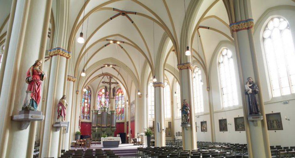 BX_Zeddam_Kirche-20940×505